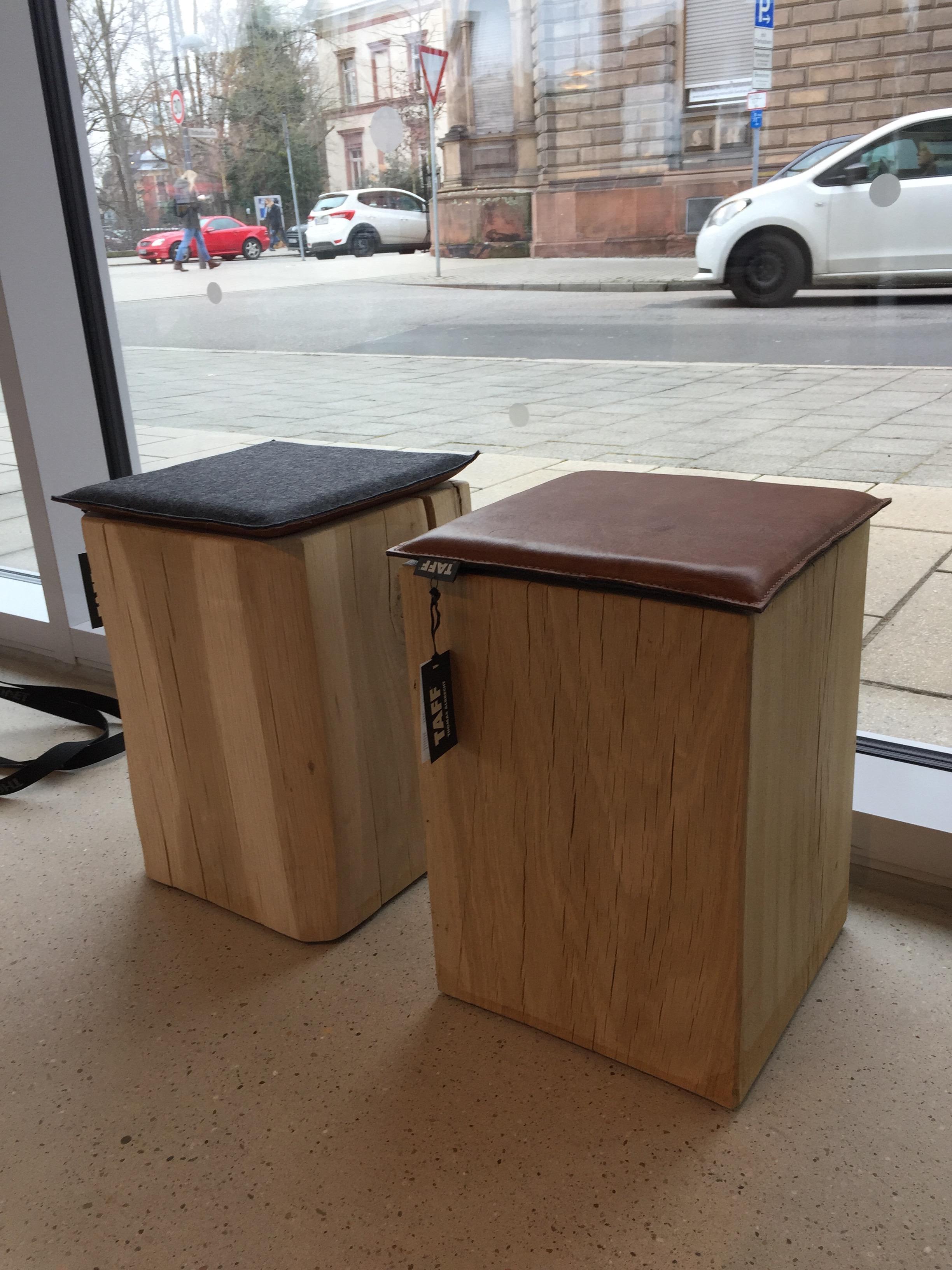 Eiche Block mit Sitzkissen